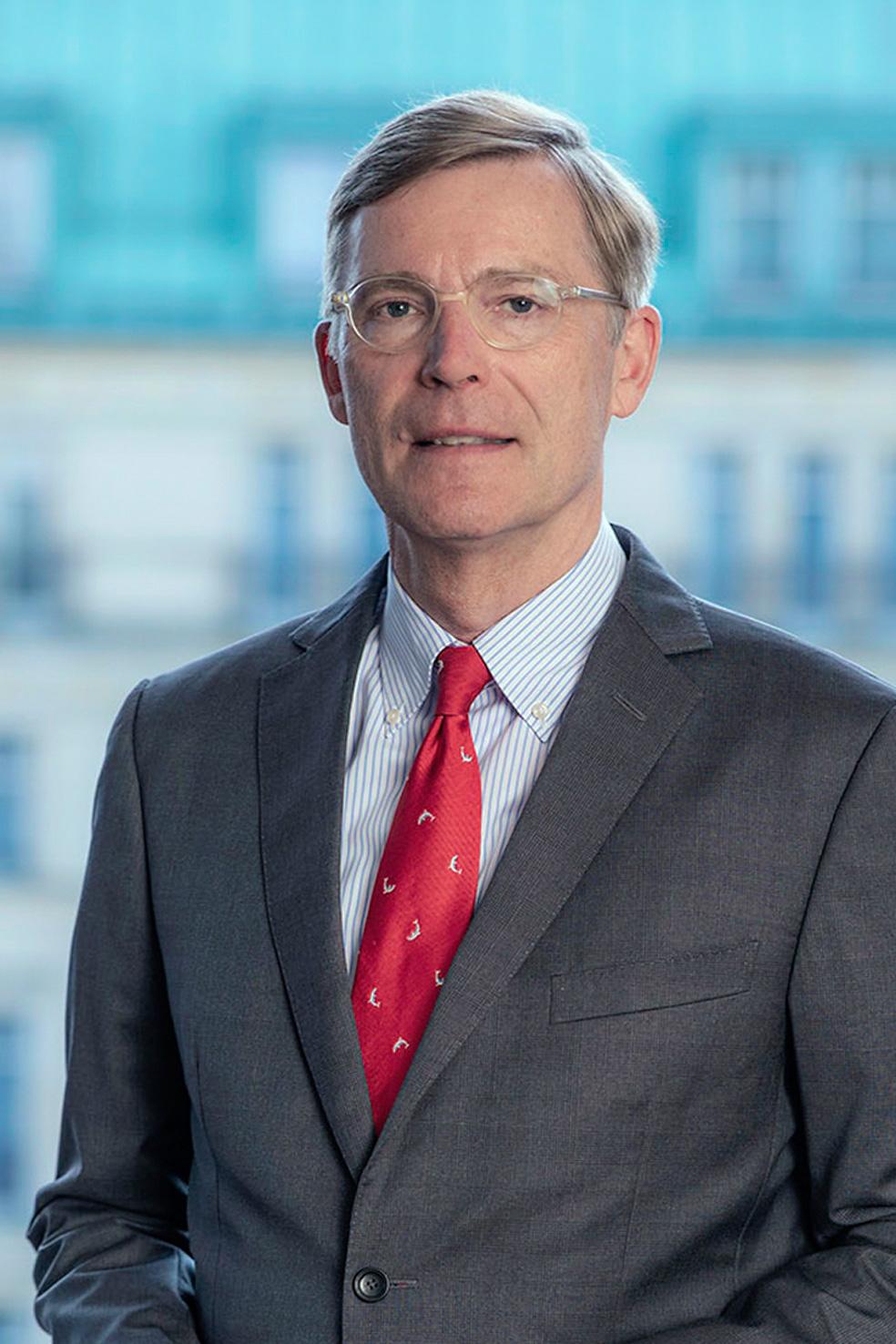 Dr. Hans-Michael Giesen